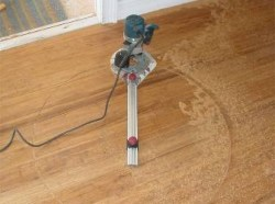 Pivot method for wood floor medallion installation